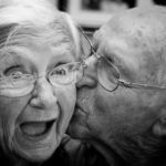old-couple-kiss